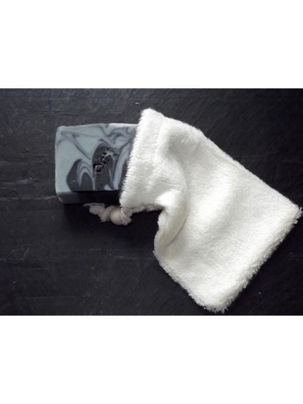 Le gant à savon en fibre de bambou